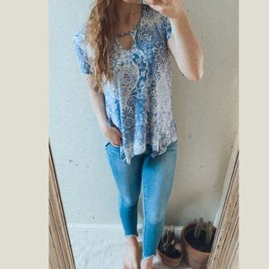 Chic floral paisley print simple tee